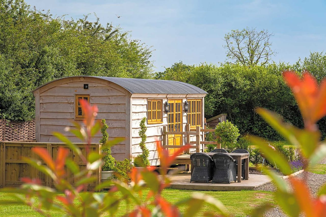 Glamping near me open now